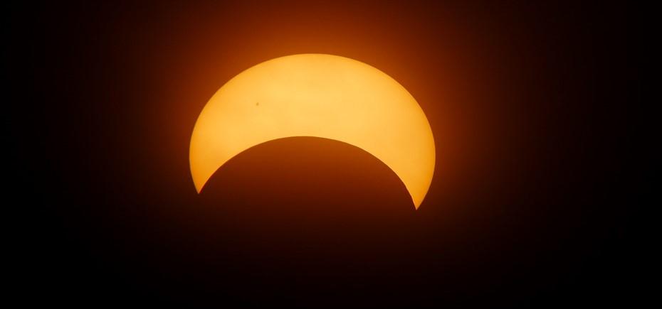 eclipse-1871740_1920 pixabay_930x435